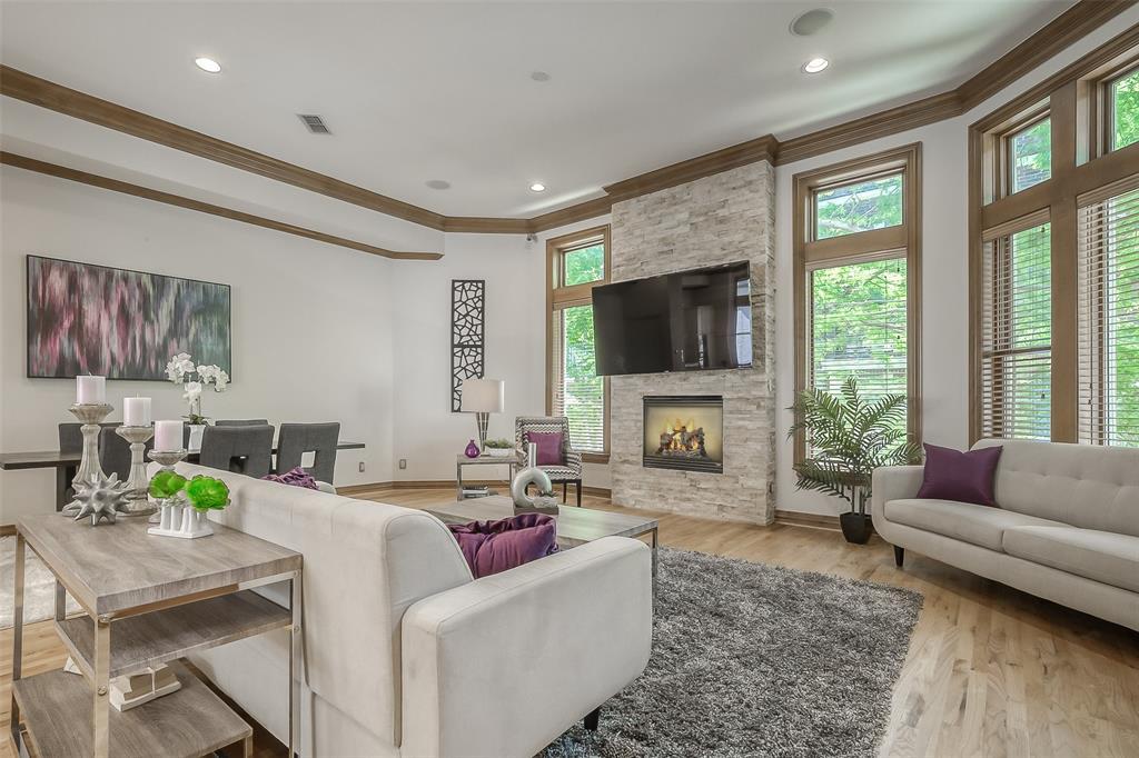Dallas Neighborhood Home For Sale - $729,000