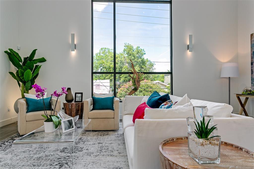 Dallas Neighborhood Home - Pending - $507,000