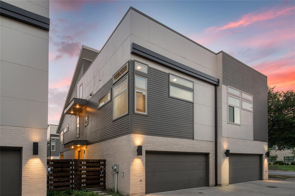 Dallas Neighborhood Home - Pending - $559,000