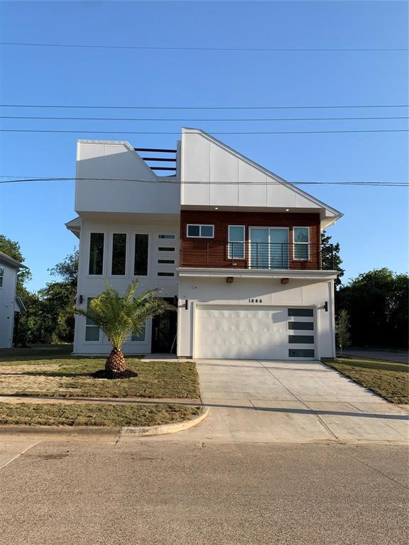 Dallas Neighborhood Home For Sale - $559,000