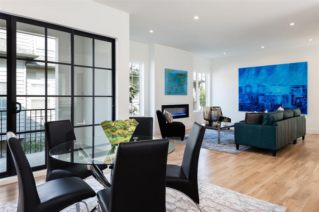 Dallas Neighborhood Home For Sale - $755,000