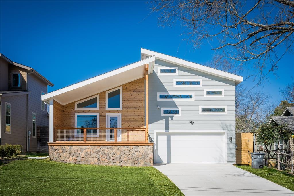 Dallas Neighborhood Home For Sale - $685,000