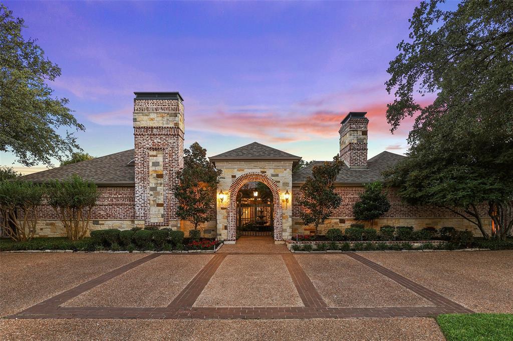 Dallas Neighborhood Home - Contingent Offer Made - $679,999