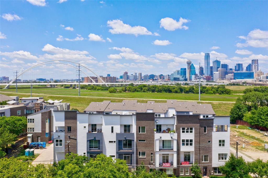 Dallas Neighborhood Home For Sale - $773,900