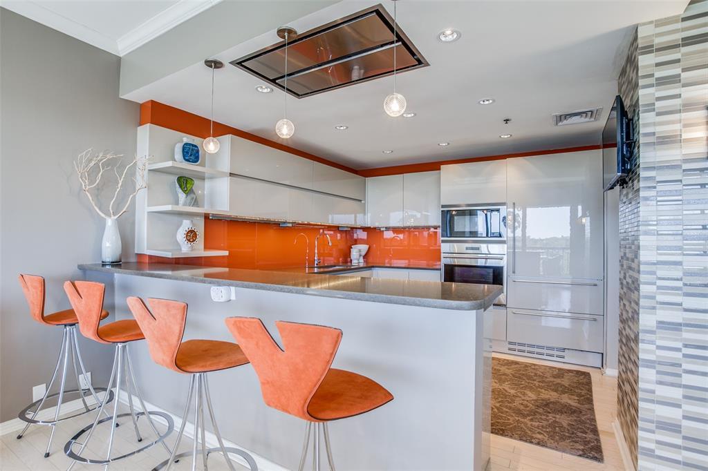 Dallas Neighborhood Home For Sale - $659,000