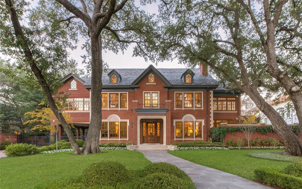 Highland Park Neighborhood Home For Sale - $13,386,000