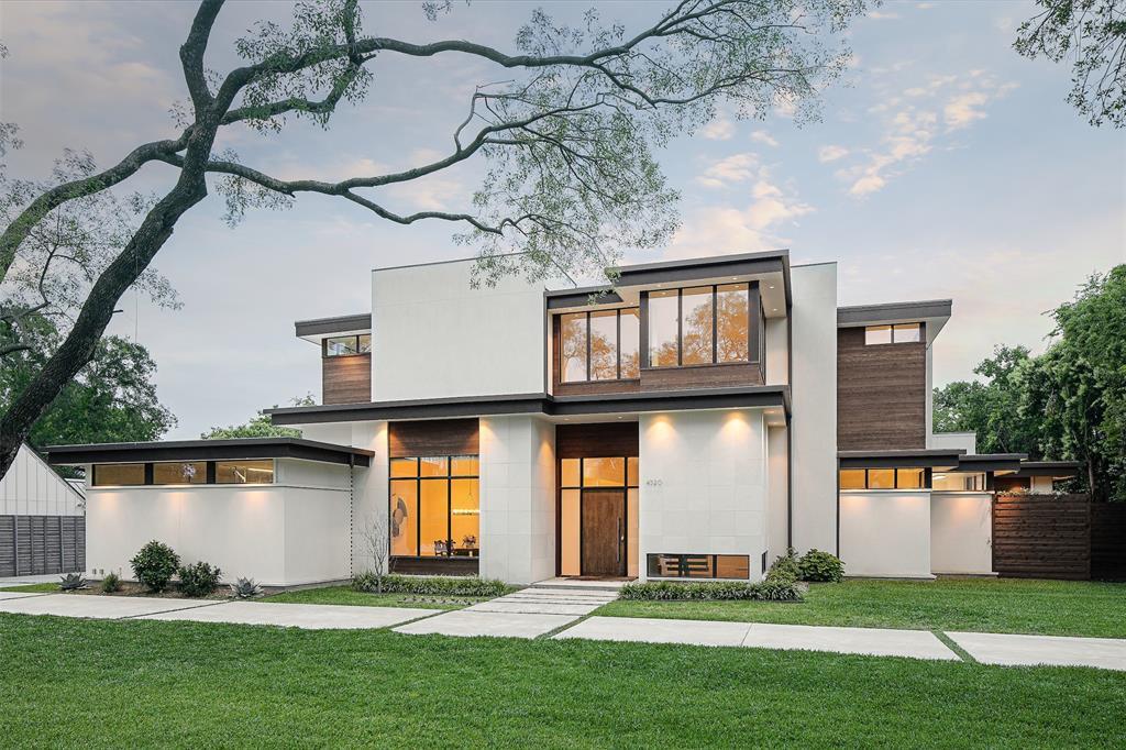 Dallas Neighborhood Home For Sale - $2,095,000