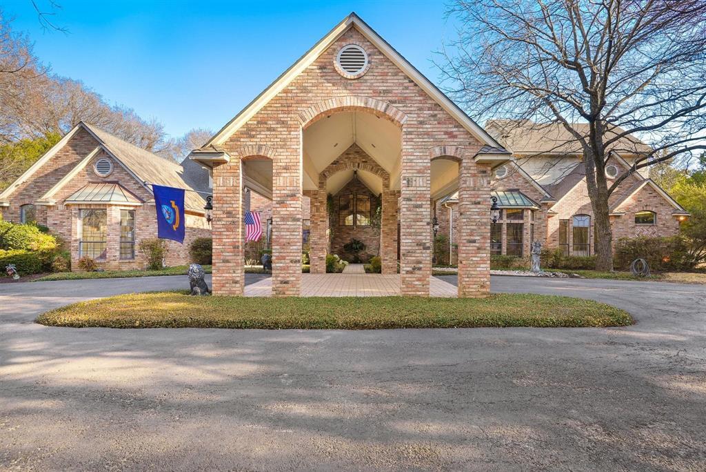 Cedar Hill Neighborhood Home For Sale - $1,299,000