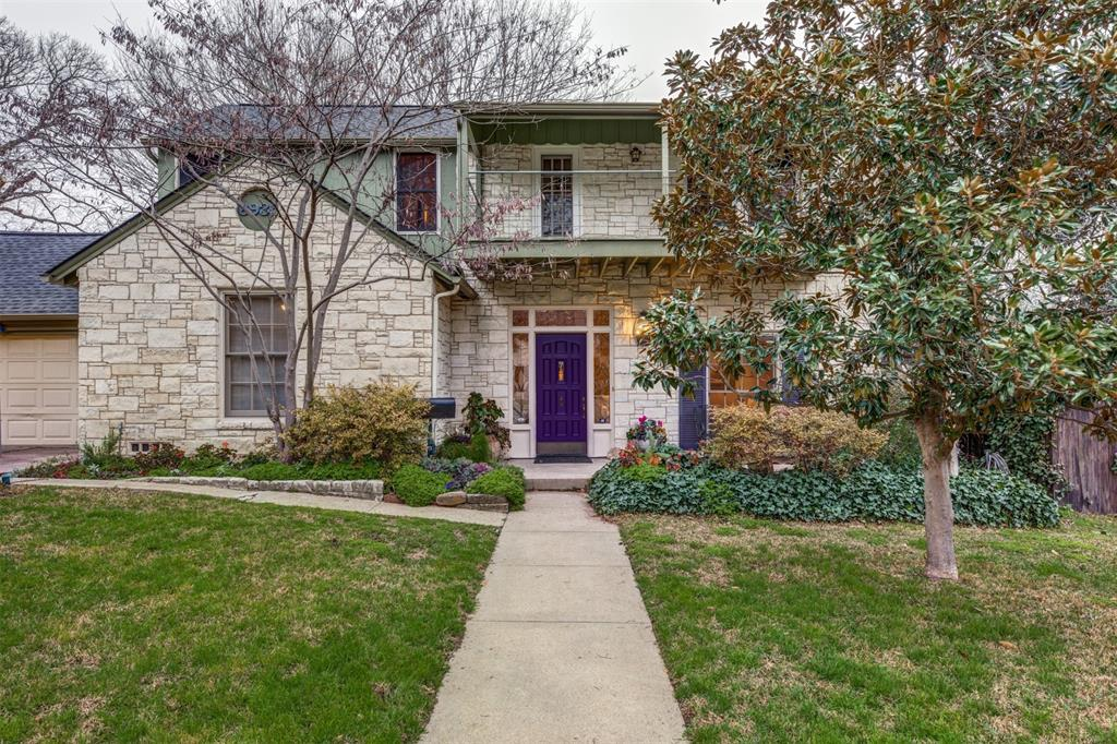 Dallas Neighborhood Home For Sale - $1,089,000