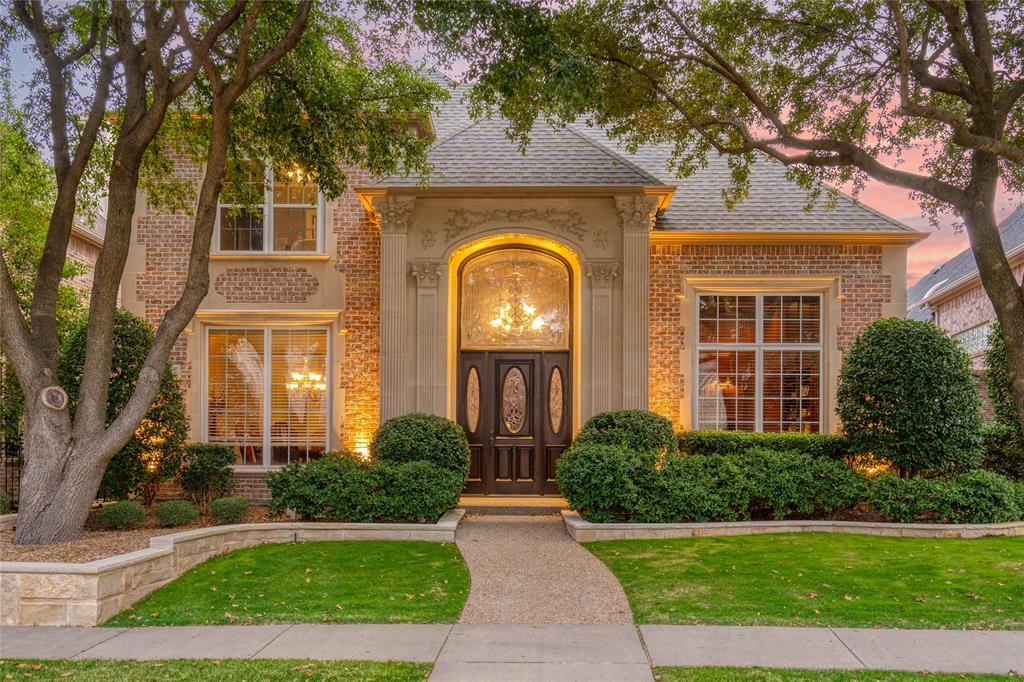 Plano Neighborhood Home For Sale - $1,150,000
