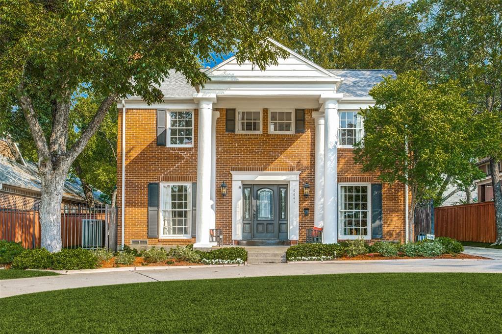 Dallas Neighborhood Home For Sale - $1,049,000