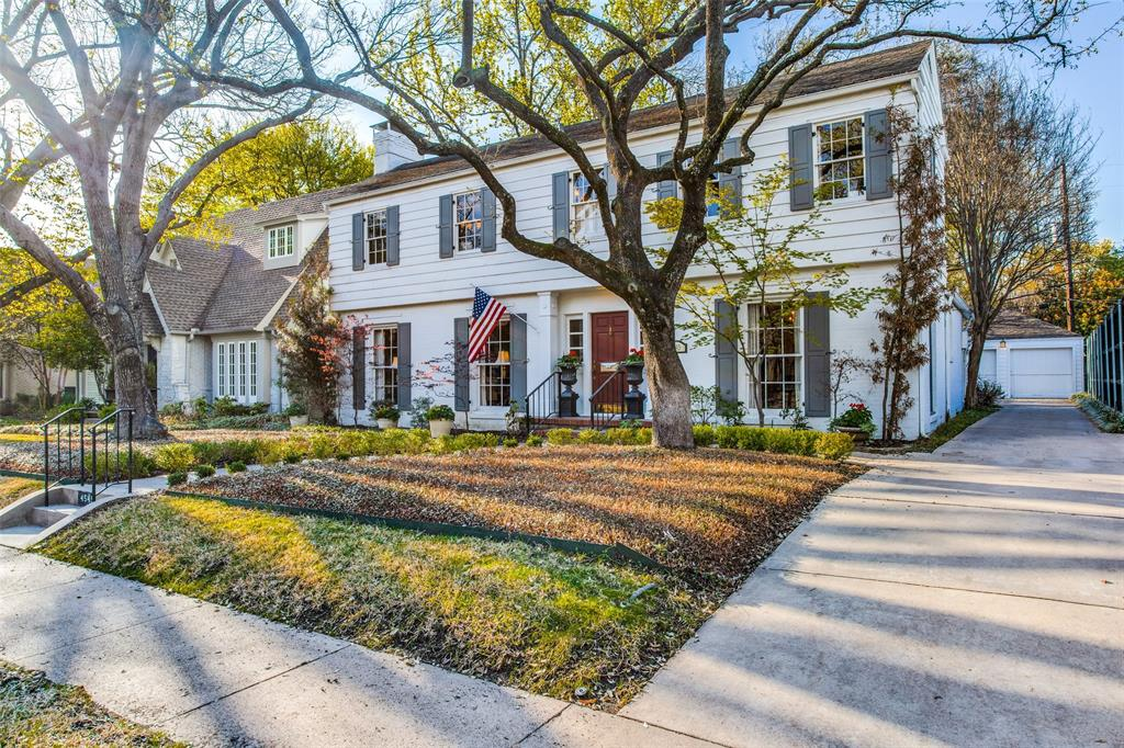 Highland Park Neighborhood Home For Sale - $1,350,000